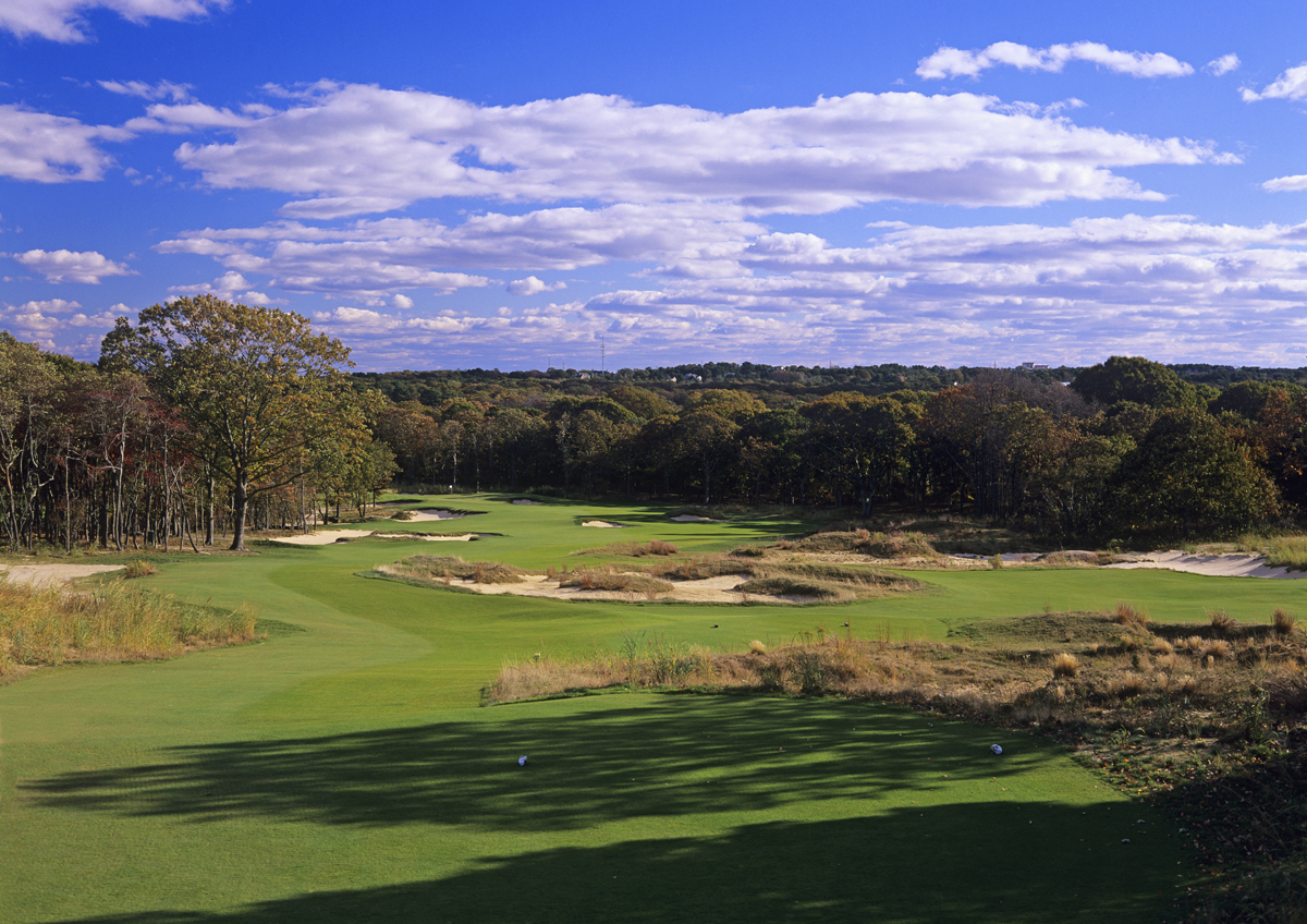 The short par-4 5th is maybe the best collaboration between Jack Nicklaus' ideas and our execution.